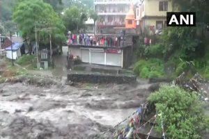 Flash floods, landslides kill 31 in Himachal Pradesh, Uttara, receiving its highest ever single-day rainfall